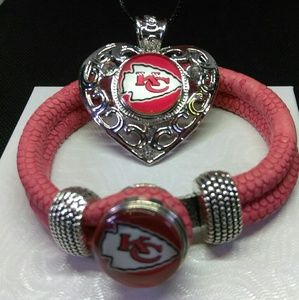 Kansas City Chiefs Necklace and Bracelet Set